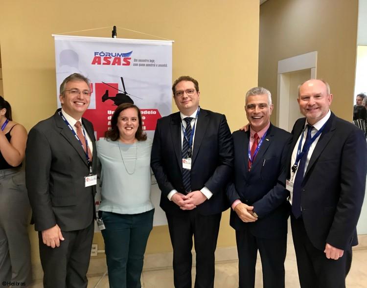 Especialistas se reuniram para discutir o futuro do transporte aeromédico do País